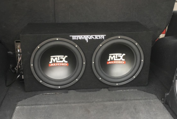 MTX Terminator aesthetically placed in the trunk