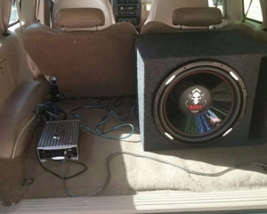 BOSS Subwoofer P126DVC in the back of a car